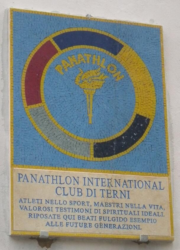 Lapide in memoria dei defunti del Panathlon Club di Terni