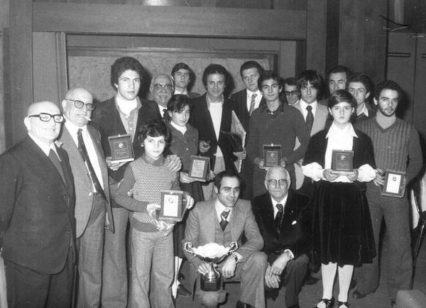 Con un gruppo di premiati tra i quali Paolo Pileri